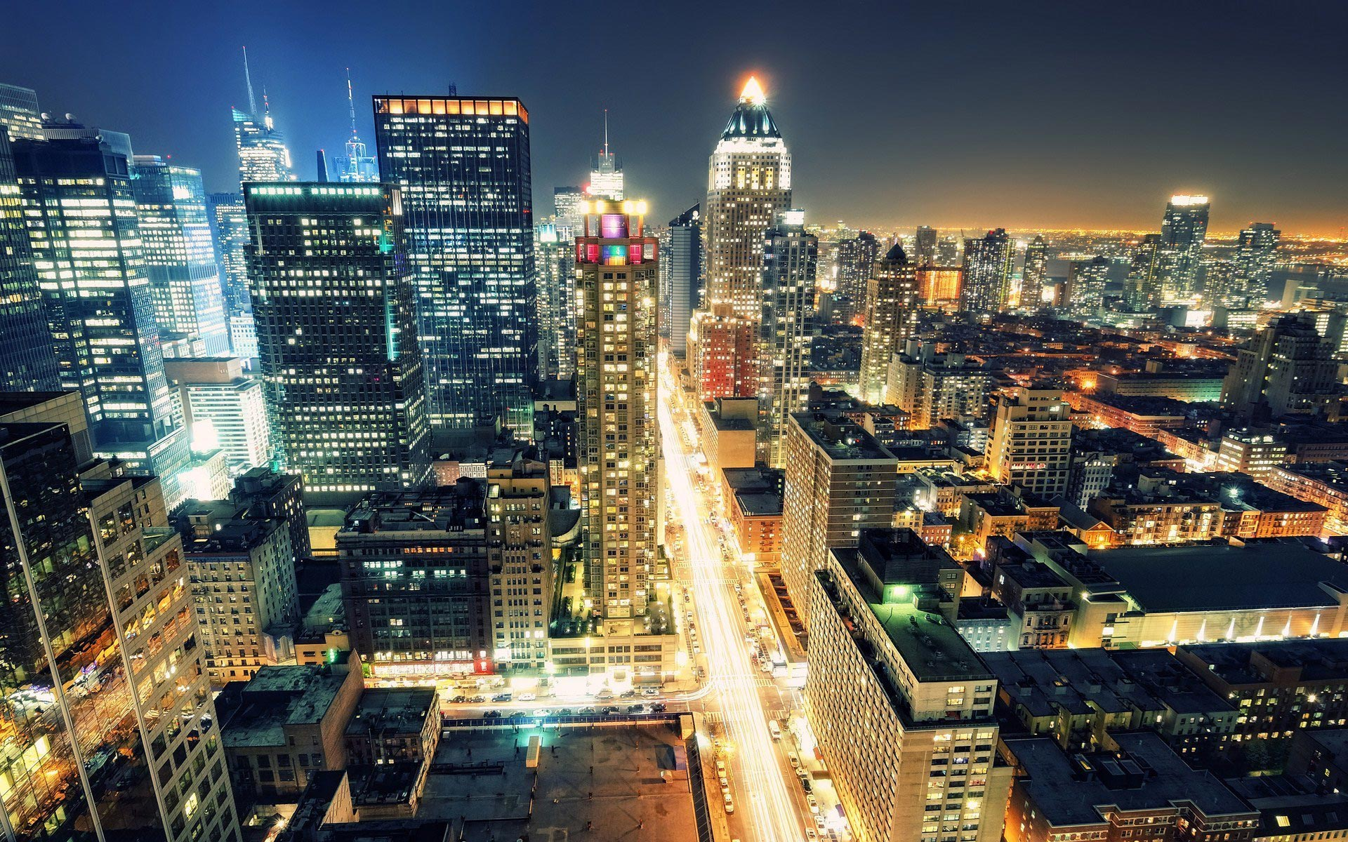 New-York-Night-Light-Streets-United-States
