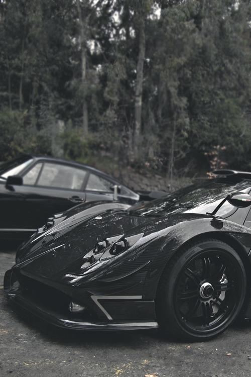 arabalar-siyah-arabalar