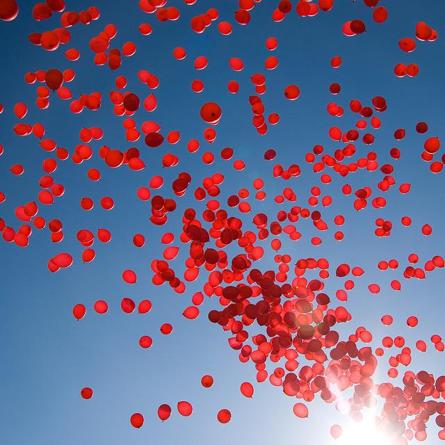 esinti-balonlar-kirmizi