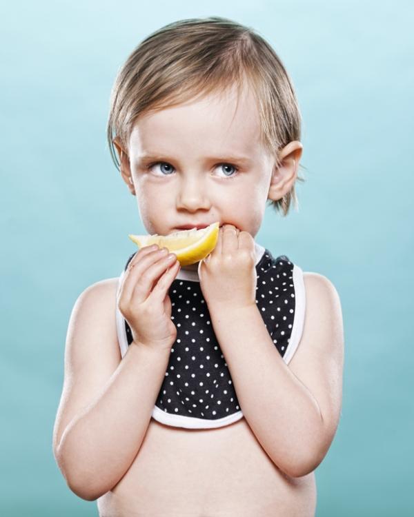limon-yiyen-bebekler-