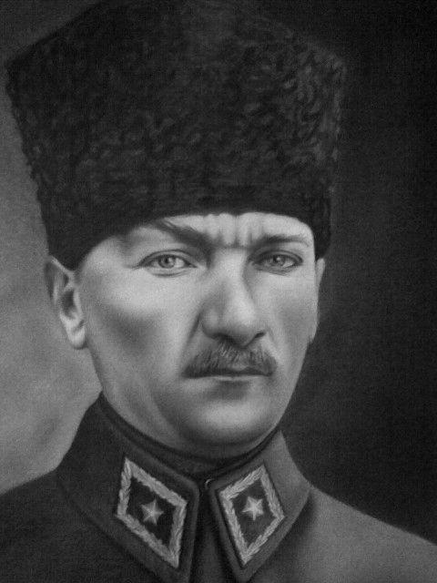 karakalem_portre_atatrk_