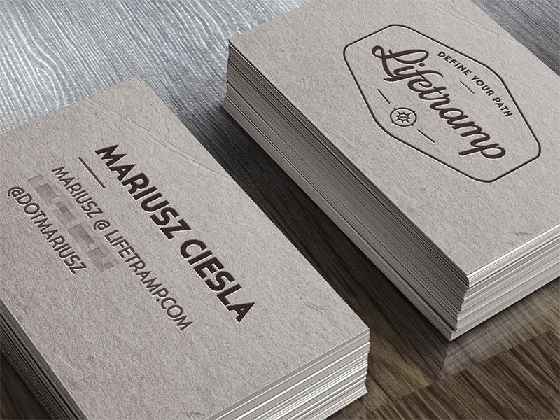 minimal-kartivizit-tasarimi