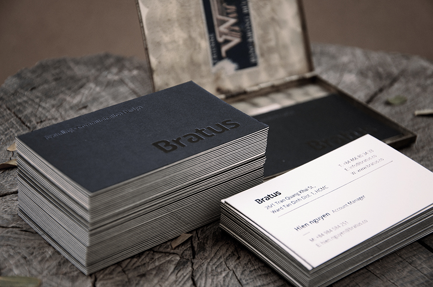 siyah-beyaz-kartvizit-tasarimi